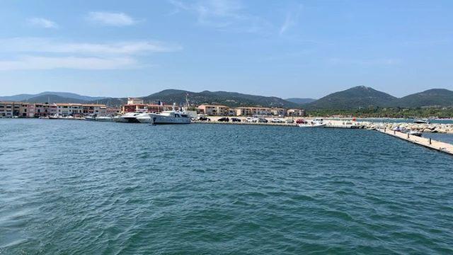 Port Grimaud. . . . . . #shotoniphone #france #cotedazur #antibes #sea Watch #Instavideo:https://ift.tt/2y1mWX8