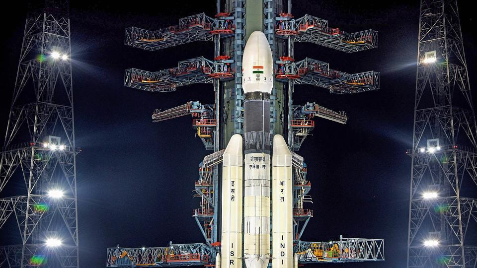 Technical glitch fixed, countdown to launch of #Chandrayaan2 begins  https://www.hindustantimes.com/india-news/technical-glitch-fixed-countdown-to-launch-of-chandrayaan-2-begins/story-RHfw5jGrVf1QDW0mAhRPmJ.html…