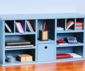 Sometimes store-bought desks just don't have what you're looking for. Fix your storage problems with a #DIY hutch desk #homeimprovement #homeinspection   https://buff.ly/2L2LMOQ