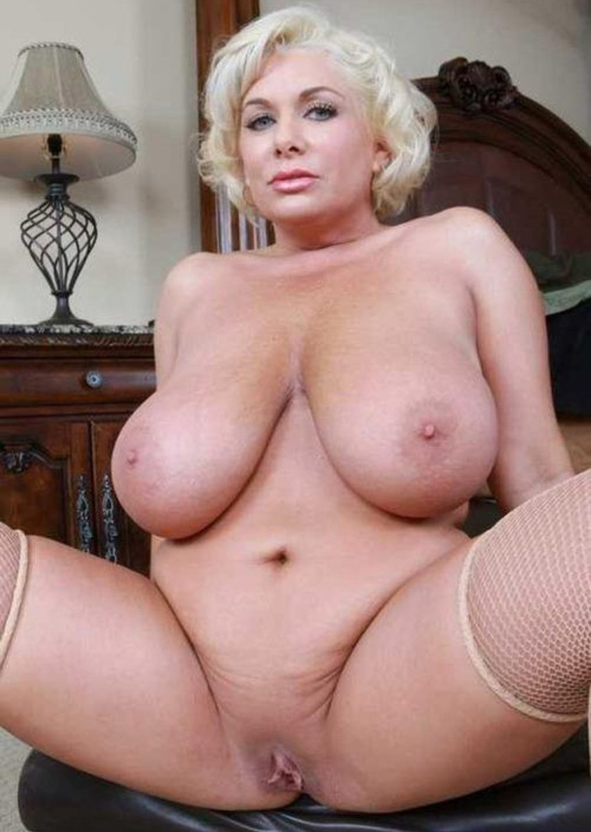 Huge Tits Mature Blonde