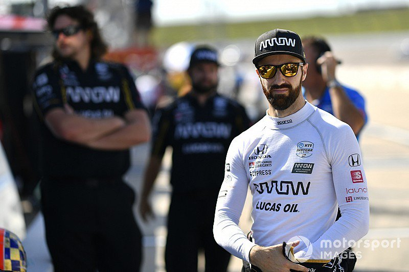 Hinchcliffe: Shocking that third place at @IowaSpeedway last night was the first podium of the @IndyCar season for the #5 side of the @ArrowGlobal @SPMIndyCar team - tinyurl.com/y4gkbtkl @Hinchtown