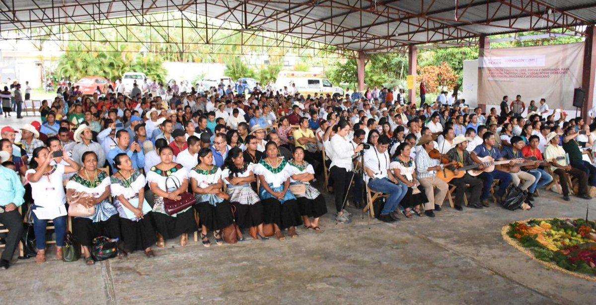 En Ocosingo, inicia el Foro de Consulta a los pueblos Tseltal, Ch'ol, Tsotsil, Lacandón, Zoque y población indígena migrante de la región de la Cañada de Chiapas.  Mujeres y hombres emitirán sus opiniones para la iniciativa de #ReformaIndígena.