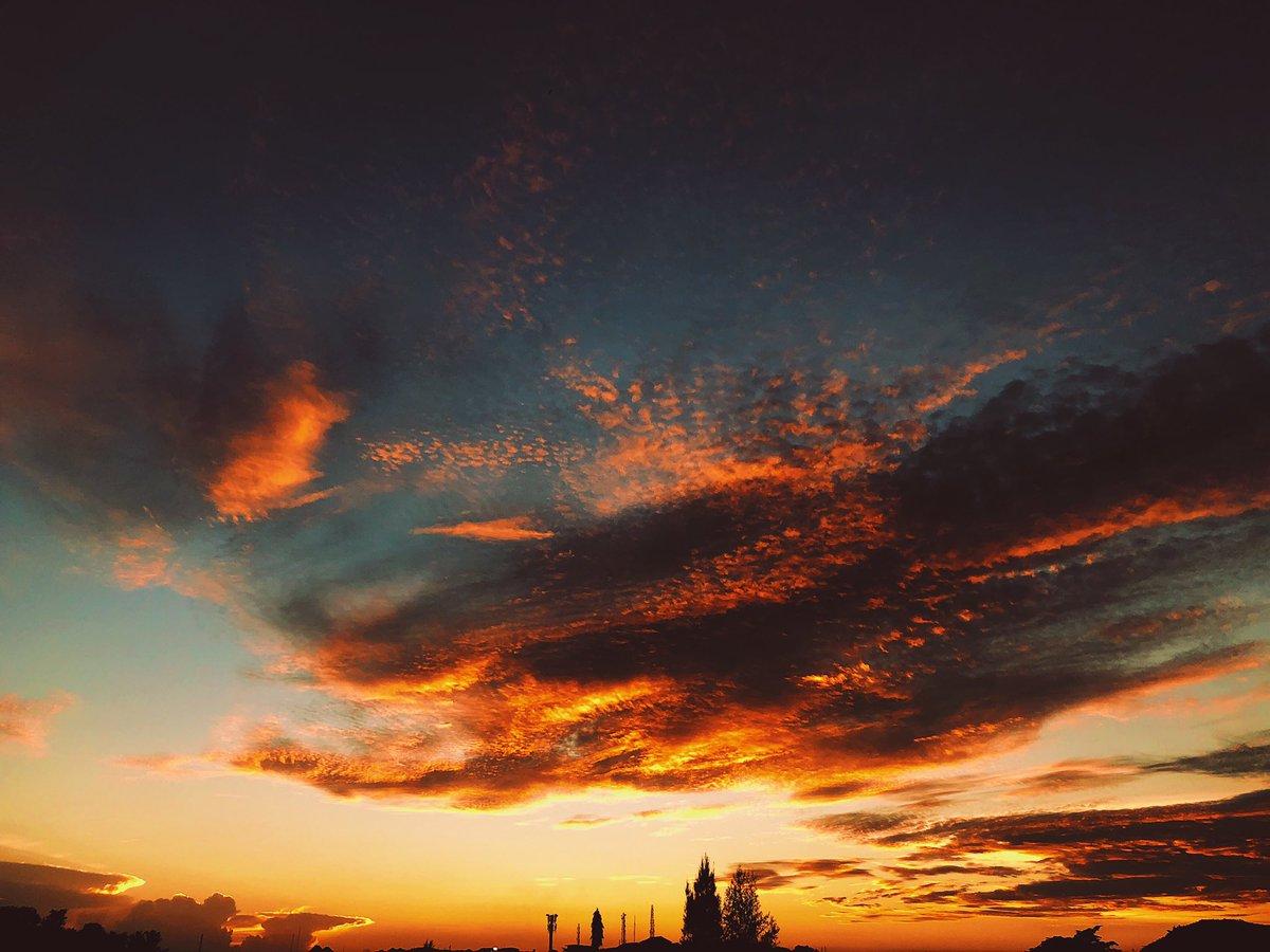 The Golden Hour; Different Shades of Sunset.   #Abuja<br>http://pic.twitter.com/dptrhV5TT3
