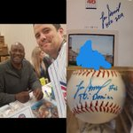 meeting #LeeSmith @ this years #cubsconvention . Loved the stories 1 I can't repeat being the art work N I promised him I would show it, a portrait of him 4 #cubscharities 1988. #HallOfFame2019 #ThatsCub #CubTalk #EverybodyIn #IamCubsessed #Cubs #AuthenticFan  #GoCubsGo @Cubs