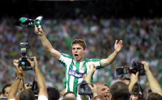 Joaquín y sus 38 años. Ídolo verdiblanco, símbolo del #Betis. ⚽⚽⚽#Joaquín