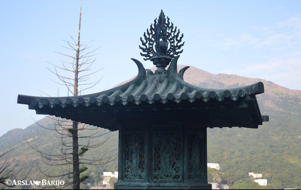 Click from  #Lantau #HongKongIsland #HongKong  #China #HongKongphotography #TravelDiary #photostories #Travelblog #Blogger  #Pakistani #Documentary #Explorationdream #solotraveler #bbctravel #Natgeotravel #letsgoeverywhere #worldtour  #VisualHongKong #explorehk #Dailytravel