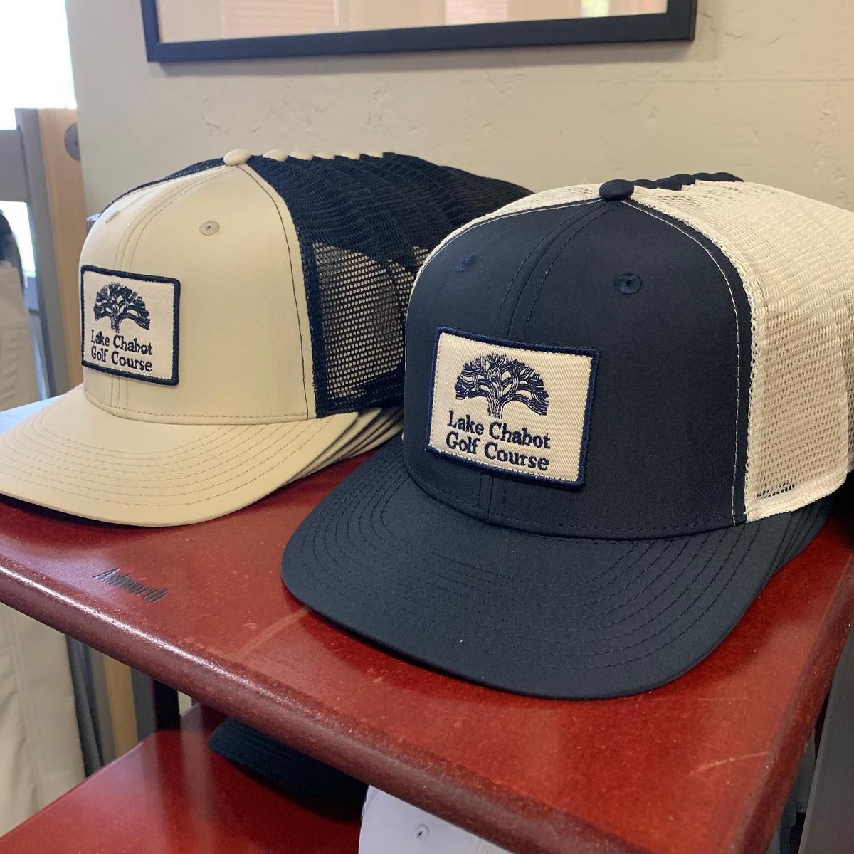 Reppin' to the fullest! Brand new #pukka snapback, stretch fit, and visor logo hats have arrived to the Lake Chabot Golf Course! Check 'em out in our Pro-Shop!⠀ ~⠀ ~⠀ ~⠀ #lakechabotgolf #lakechabot #golf #oakland #snapback #visor #fitted #eastbay #eastbaygolf