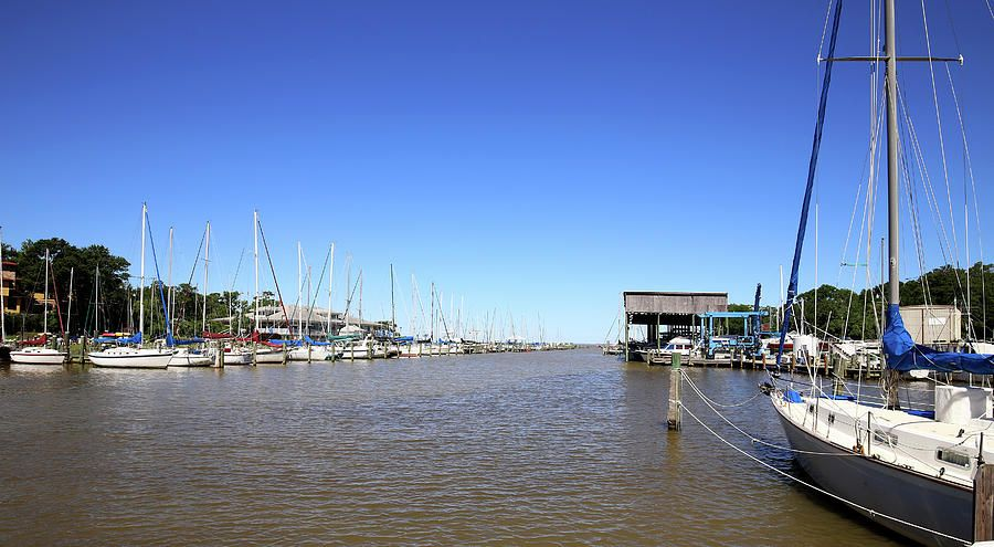Fly Creek #Marina https://buff.ly/2JV55GP  #FlyCreek #Fairhope #Alabama #sailboats #sailing #MobileBay Framed and canvas #prints for your #homedecor #restaurant #hotel #bedandbreakfast #office #waitingroom