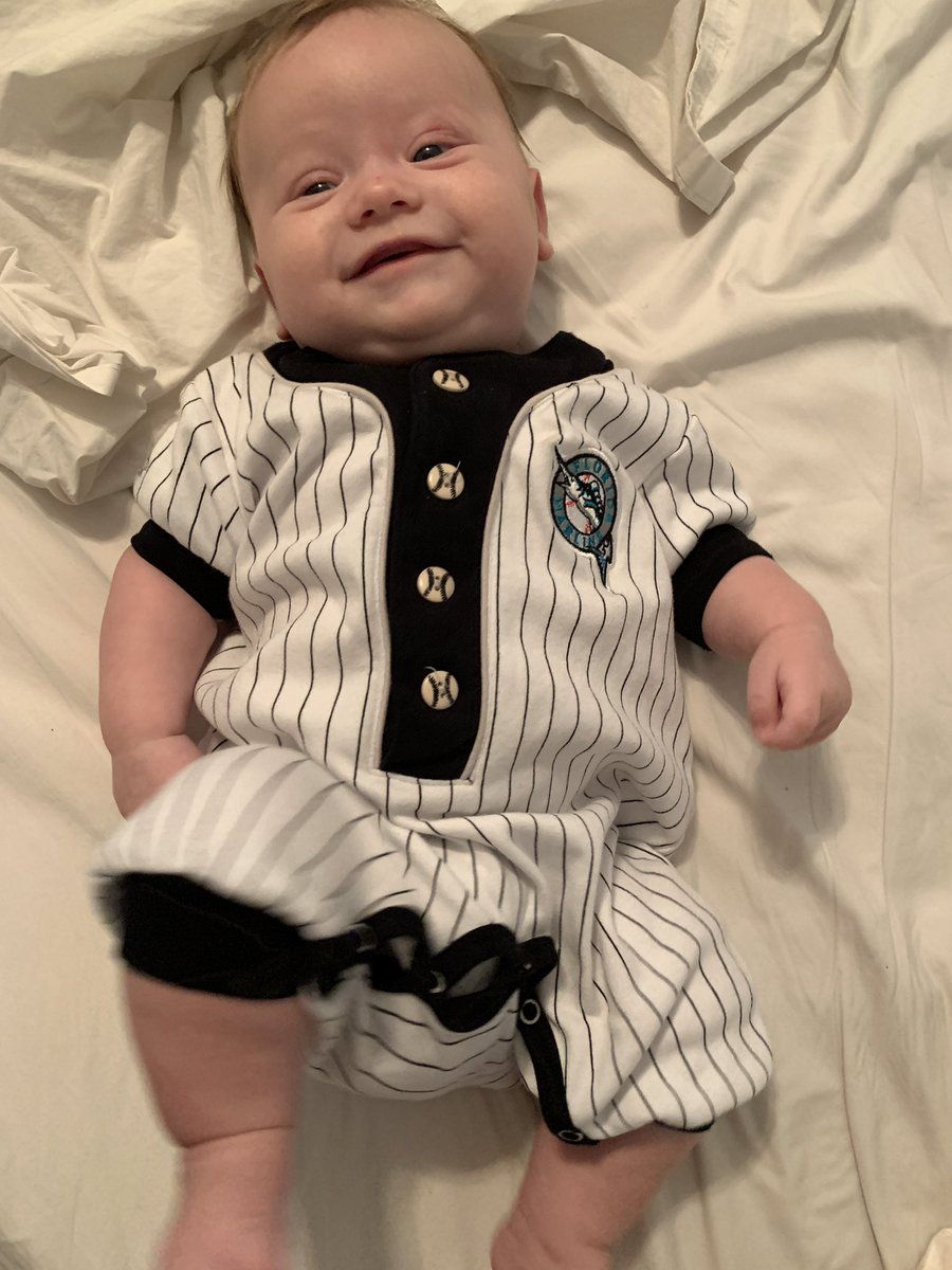 Someone is ready for throwback weekend @Marlins #Bringbacktheteal<br>http://pic.twitter.com/W19yNhC4bI