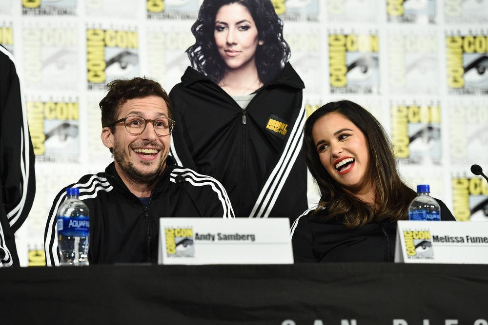 PHOTOS l Brooklyn Nine-Nine cast at their Comic Con panel yesterday (Via ibb.co/album/hVLNFa)
