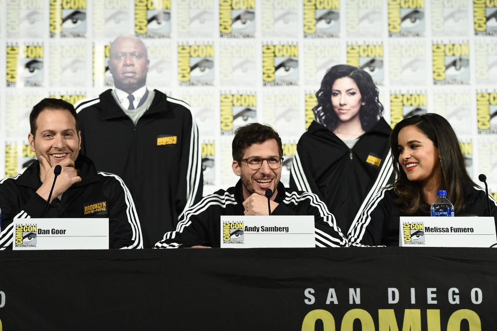 PHOTOS l B99 SDCC panel yesterday (Via ibb.co/album/hVLNFa)