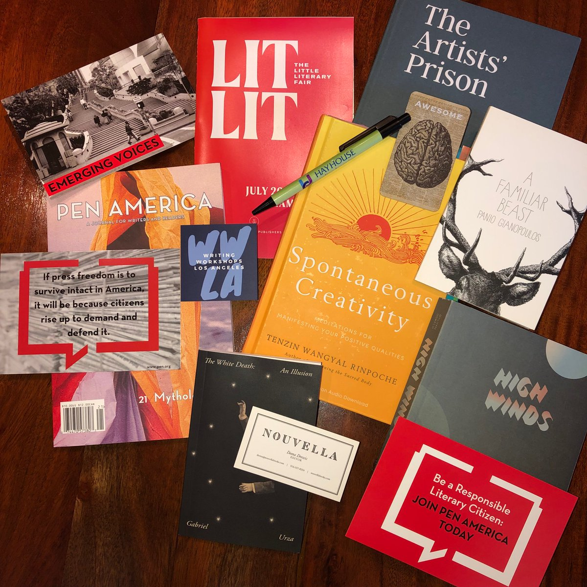 X Artists' Books (@XArtistsBooks) | Twitter