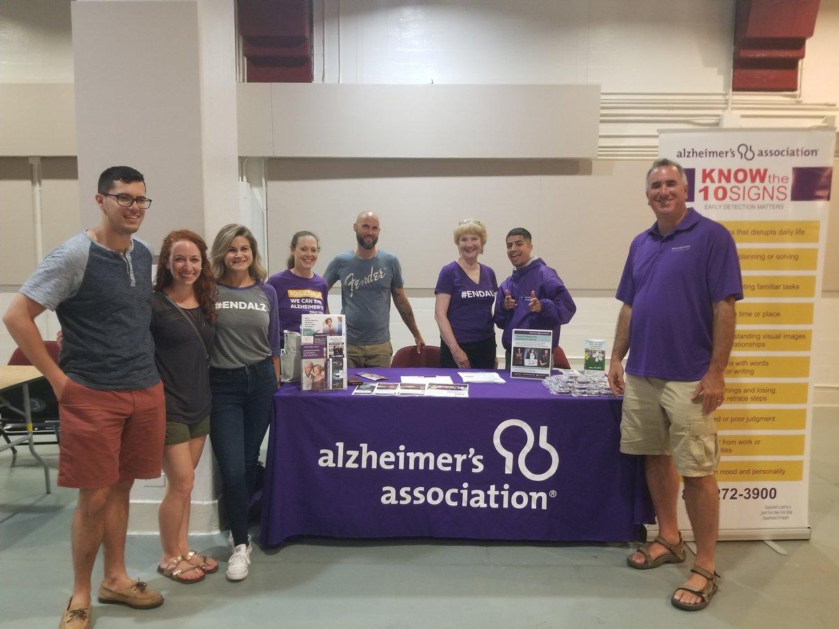 Alzheimer's Awareness Day @Nystreetsfb!!  Go Streets!  @EndAlz_HV #ENDALZ