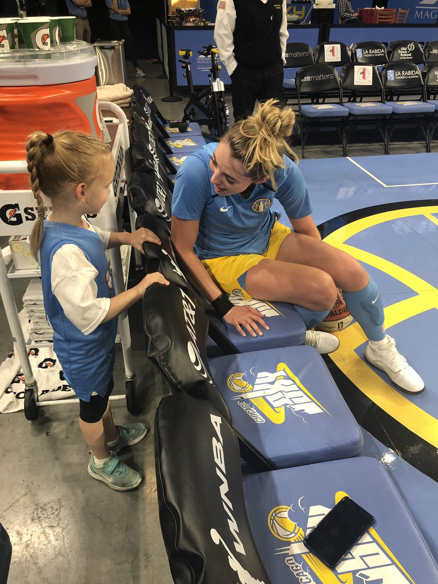 My 5 y/o, Emma, had the best time at her first @wnbachicagosky game! Thanks to her favorite player, @33katielou, for making her night so memorable, and thanks to the team for another thrilling win at home! #Skytown