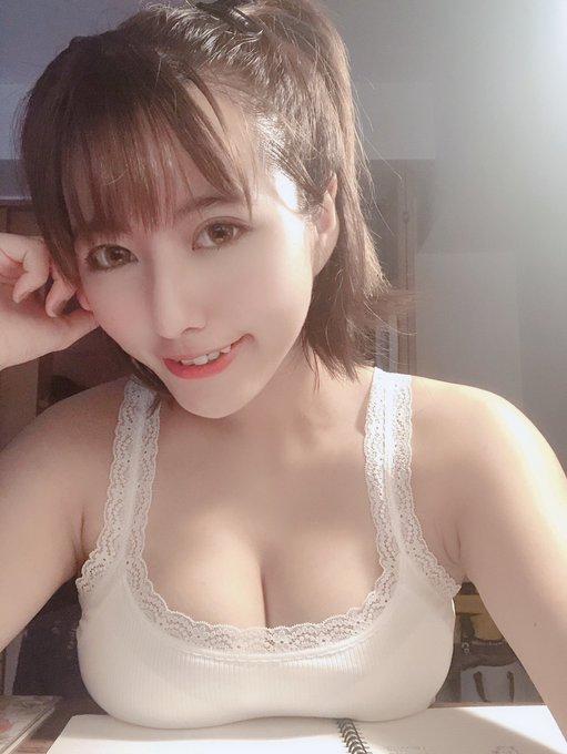 グラビアアイドルヴァネッサ・パンのTwitter自撮りエロ画像32