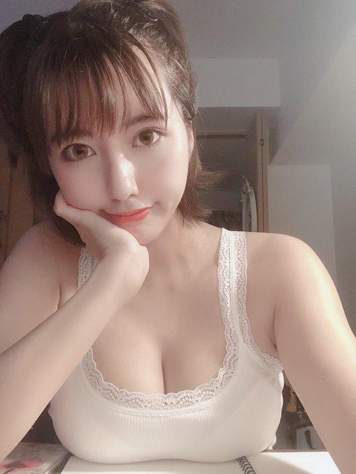 グラビアアイドルヴァネッサ・パンのTwitter自撮りエロ画像33