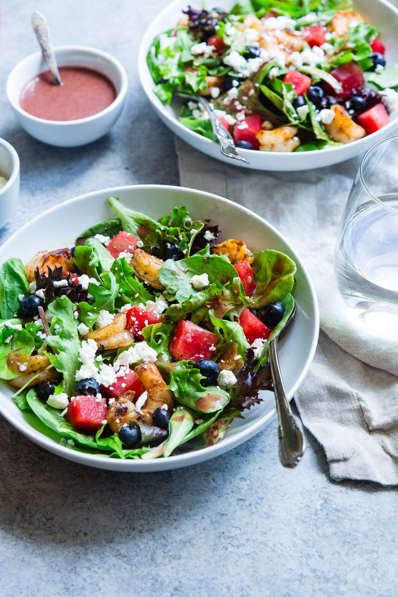 This #nutritionist-approved formula makes it easy to enjoy a #healthy salad for lunch to give you #energy http://hlty.us/6ITf