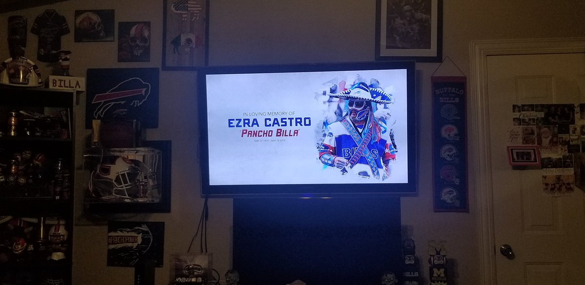 Thank you Buffalo Bills for your continued Love & ending credit shown to Ezra/Pancho Billa in your Upgrading|Buffalo Bills:Embedded show. Our kids & I are beyond grateful to you & looking forward to seeing you along with #BillsMafia come Home Opener.Much Buffalove&Viva Los Bills https://t.co/PB4ocvNlhI