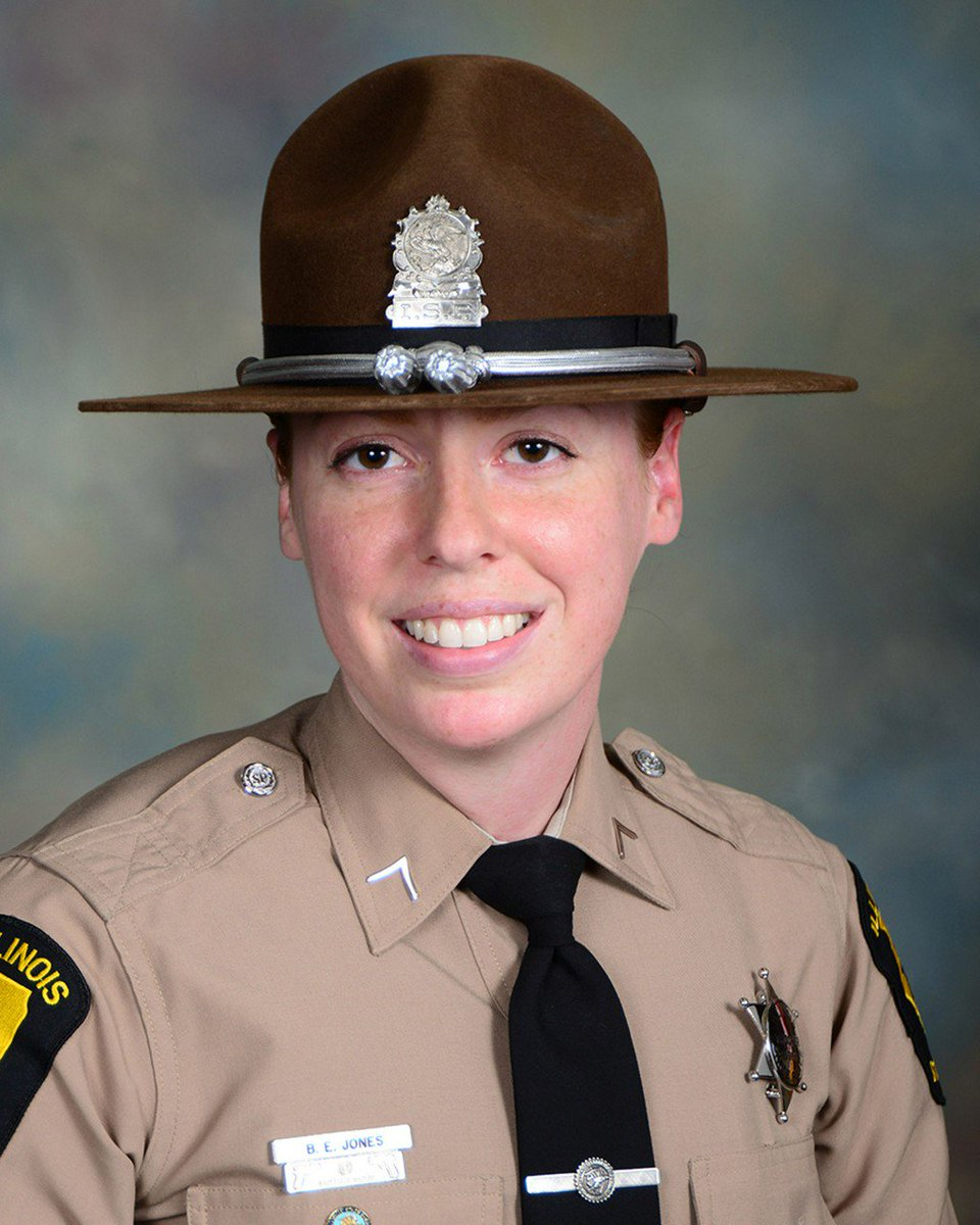 Trooper Brooke Jones-Story Honored On Memorial Wall In Springfield chicago.cbslocal.com/2019/07/21/tro…
