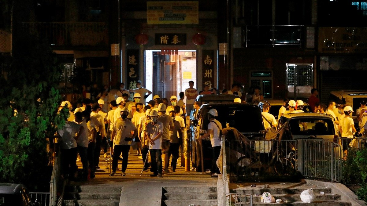 'Triad gangsters' blamed for attacks in Hong Kong https://reut.rs/2Y8h9tl
