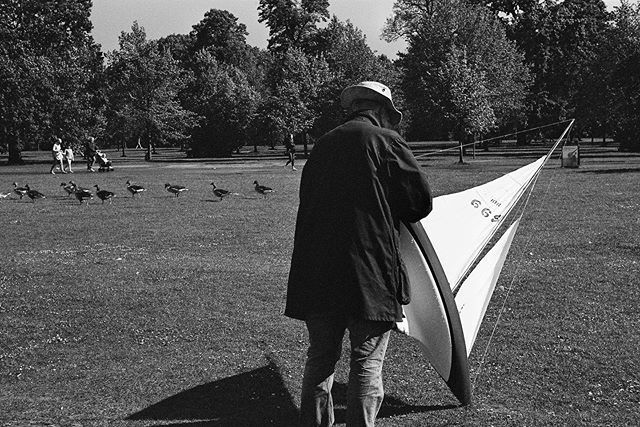 Keep sailing, Kensington Gardens (2019, Fujifilm Neopan 400) #modelsailboat #kensingtongardens · · · #london #streetphotography #people_infinity #life #londonlife #filmphotography #blackandwhite #people #love #thisislondon #street #filmisnotdead #bnw #pe… https://ift.tt/2JHSA2m