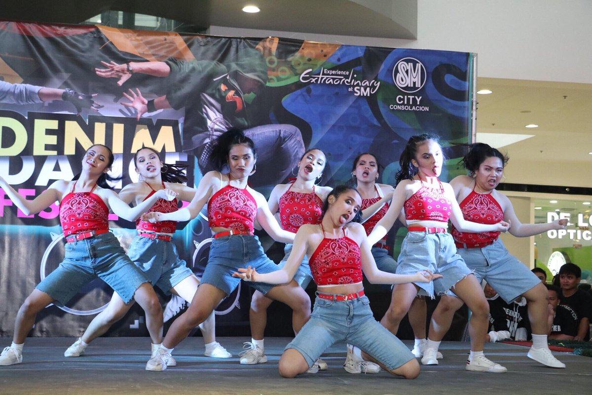 A snippet of each team's performance in Denim Dancefest 2019 #UN <br>http://pic.twitter.com/EdImM2qrab