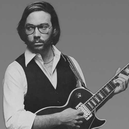 Happy Birthday to American jazz fusion guitarist Al Di Meola, born on this day in New Jersey in 1954.