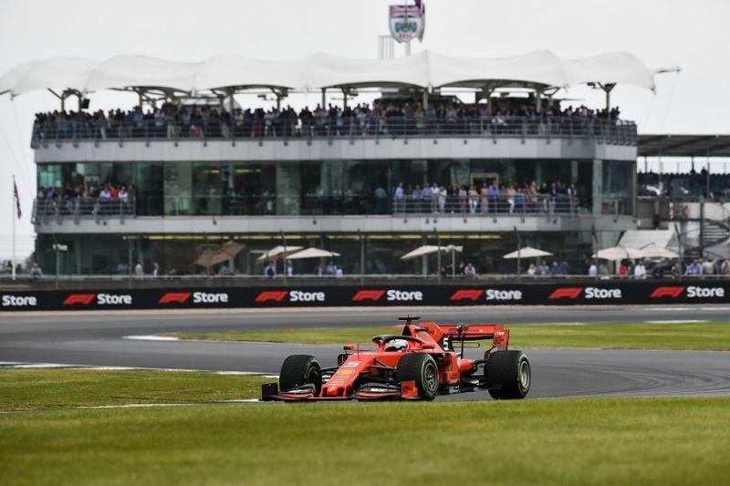 Vettel: F1'in cadde yarışına ihtiyacı yok, Silverstone'u tercih ederim   Buradan okuyun: http://bit.ly/2K1nGB0   #F1