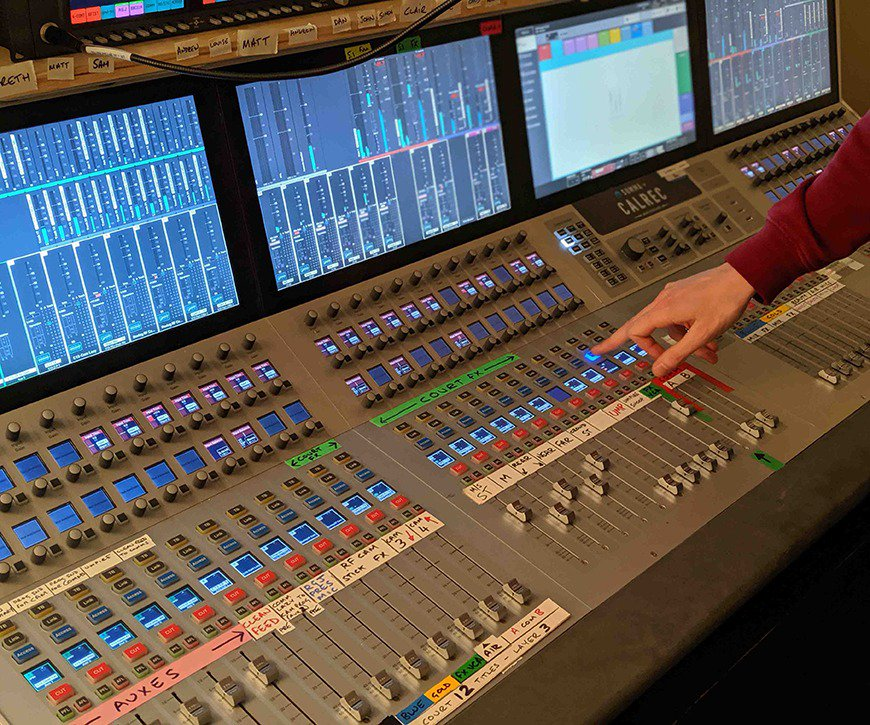 Wimbledon's a massive task when it comes to broadcasting. This is how NEP and 15 Calrec desks achieved the audio. http://bit.ly/2JH8A4N  Sign up to our newsletter at the bottom of the page. #calrec #broadcast #broadcastaudio #NEPvisions #wimbledon #wimbledon19 #tennis #grandslam