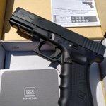 Image for the Tweet beginning: The Glock 17 Gen4 is