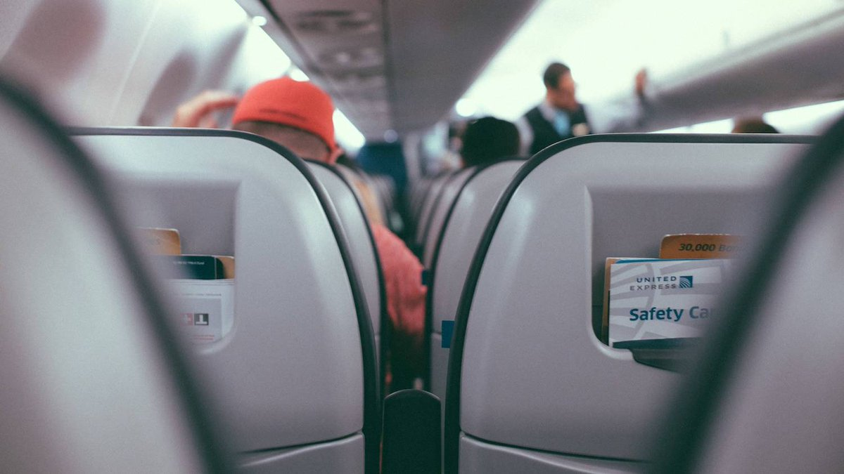 Before you recline your airplane seat, check the person behind you http://lifehac.kr/jiVi8yc
