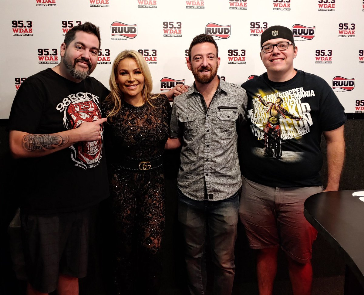 Huge thanks to @NatbyNature for swinging by the studio today to talk #WWE #RawReunion! Hear our awesome interview with her at 12:30!<br>http://pic.twitter.com/CFZihelUQ7