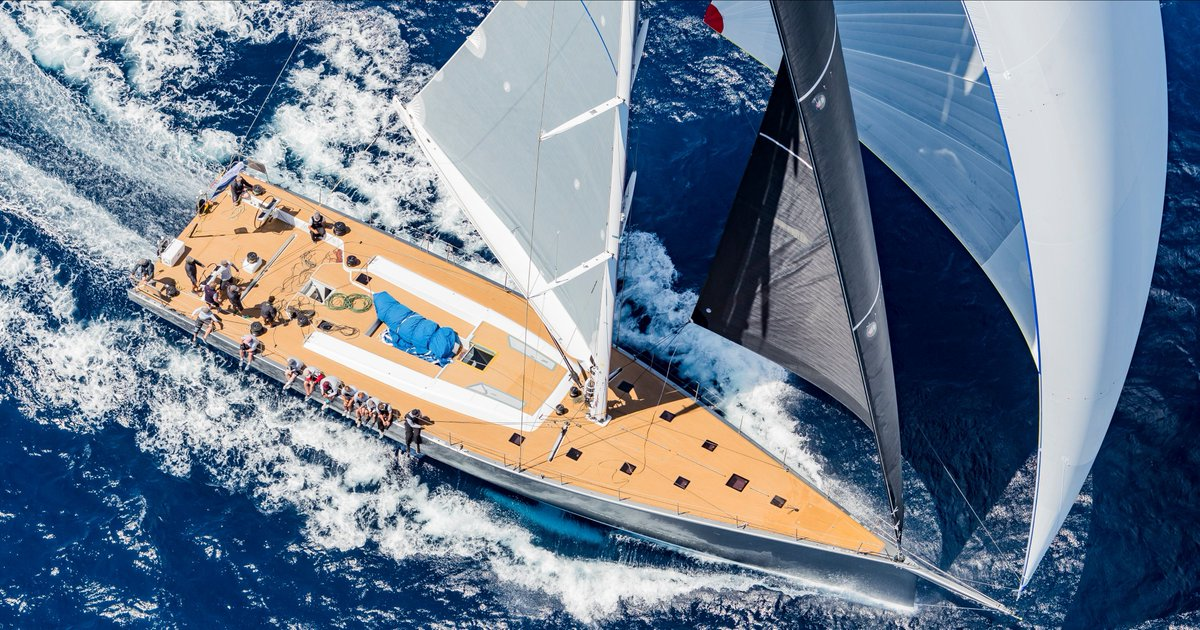 Seeing the SW-RP90 ALLSMOKE flying through the water in Porto Cervo at her first regatta debut was a breathtaking experience. ALLSMOKE is a 90ft custom yacht penned by Riechel Pugh Yacht Design and Nauta Design which brought many innovative technologies. #swsyachts