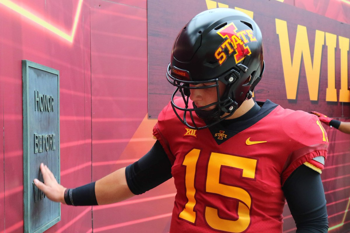 Honor Before Victory.  #MondayMotivation   #ProveIt   #cyclONEnation<br>http://pic.twitter.com/oQV8zLMwHO
