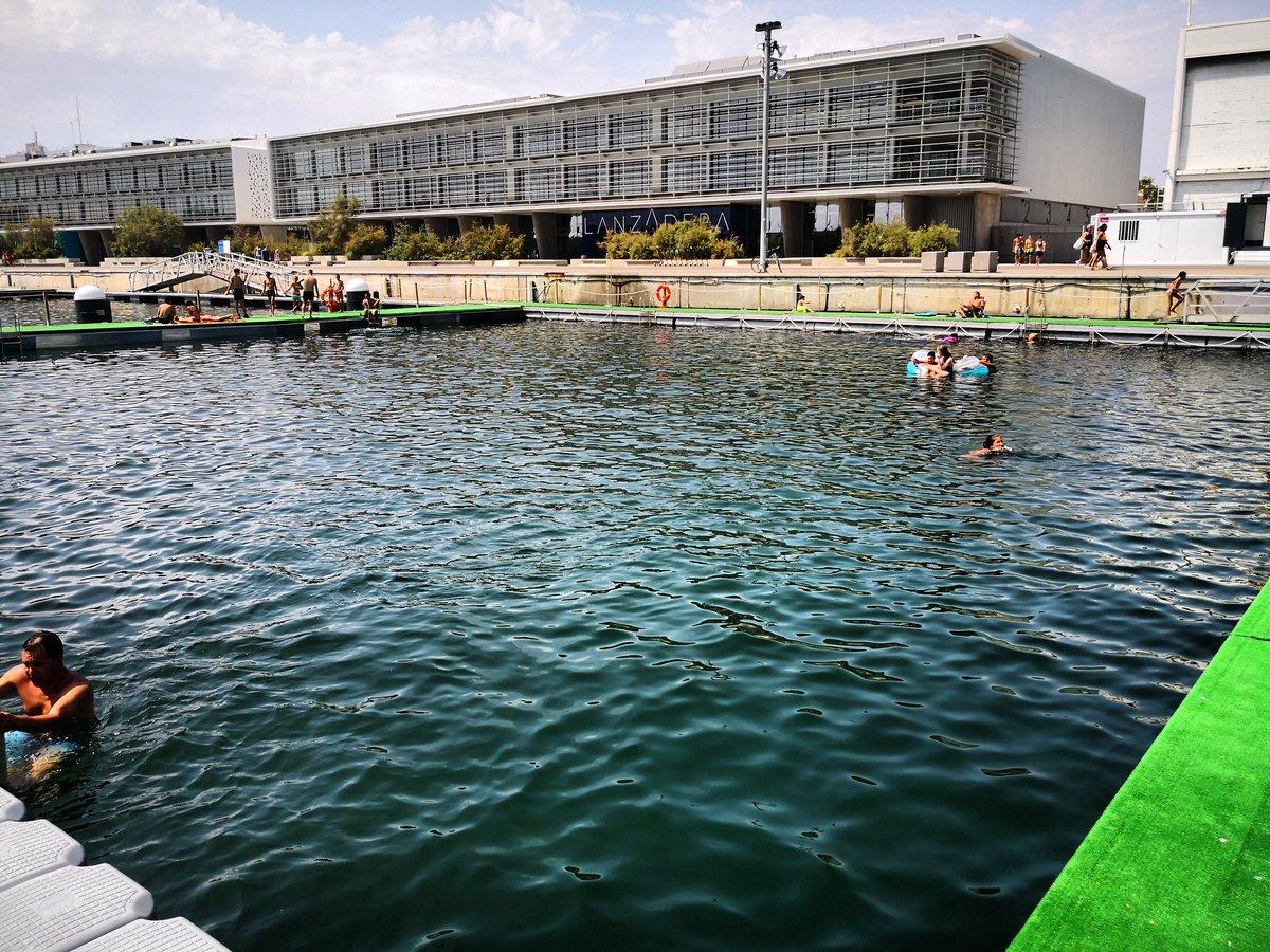 Piscina urbana #piscina #piscinaurbana #mar #sea #sealovers #igersvalencia #igerscomunitat #swimmingpool #picoftheday #mobilephoto #mobilepic #huaweimate10 #mate10prophotography #mate10 https://www.instagram.com/p/B0OZAuvIDg8/?igshid=qt8h4jry6zm2…