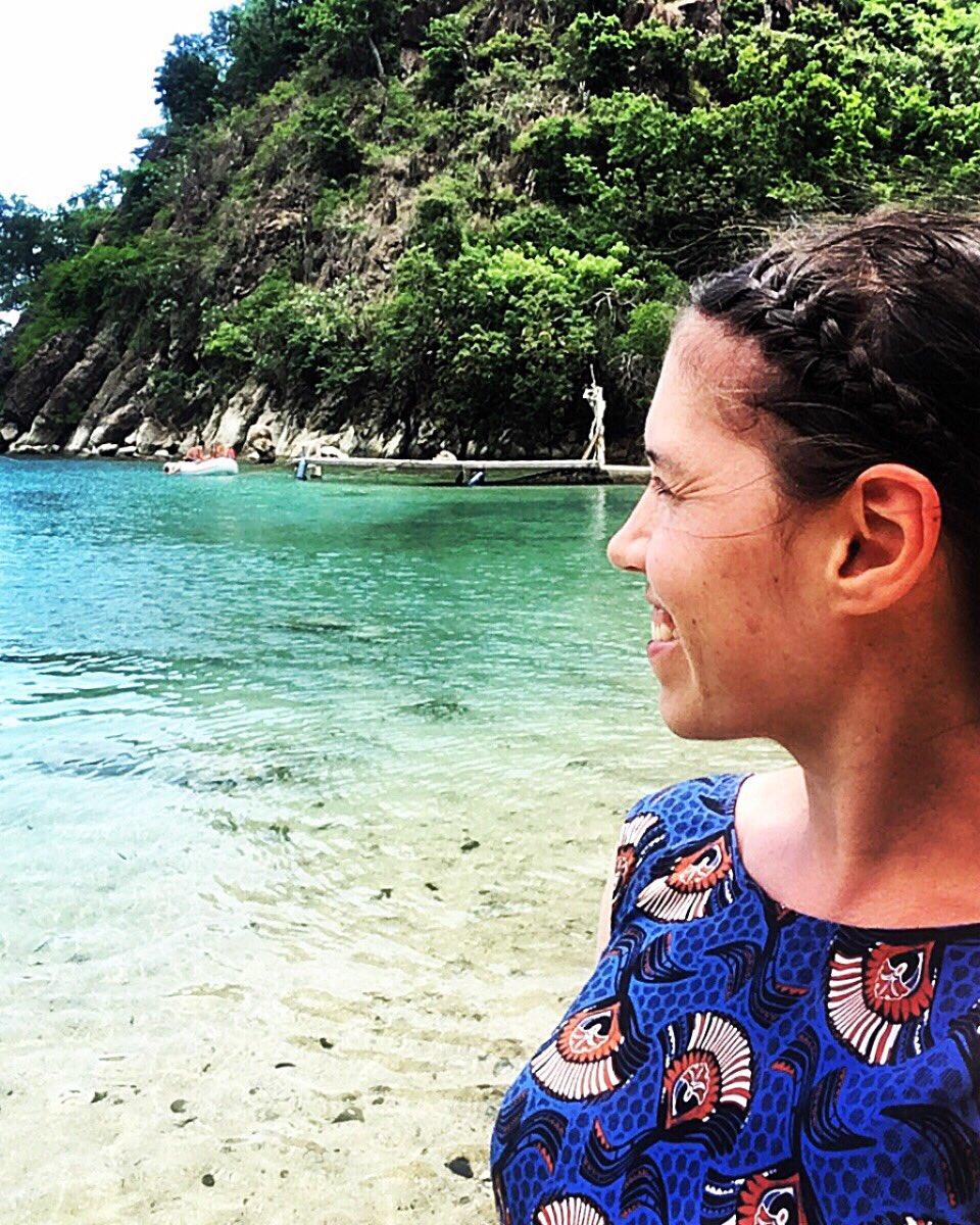 G U A D E L O U P E 📍Les Saintes   Plage du Pain de Sucre ~~~~~~~~~~~~~~~~~~~~~~~~~~~~~~~~~~~~ ~~~~~ #guadeloupe #guadeloupeislands #lessaintes #caraïbes #exotique #tropical #islandlife #paradise #sea #amazingview #antilles #tropicalparadise #plage