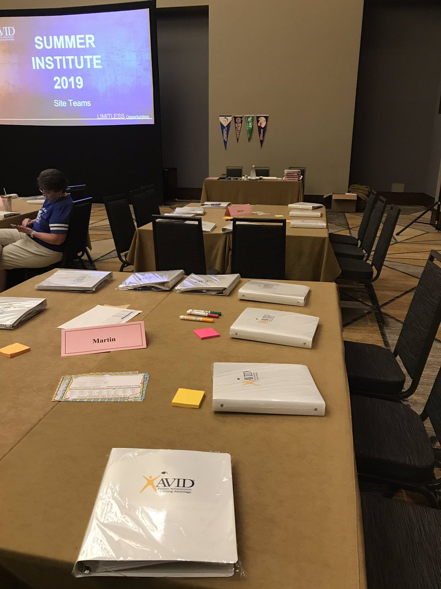 So excited to see the Martin and Burnet tables at this year's summer institute! #thisisavid @AustinISDAVID