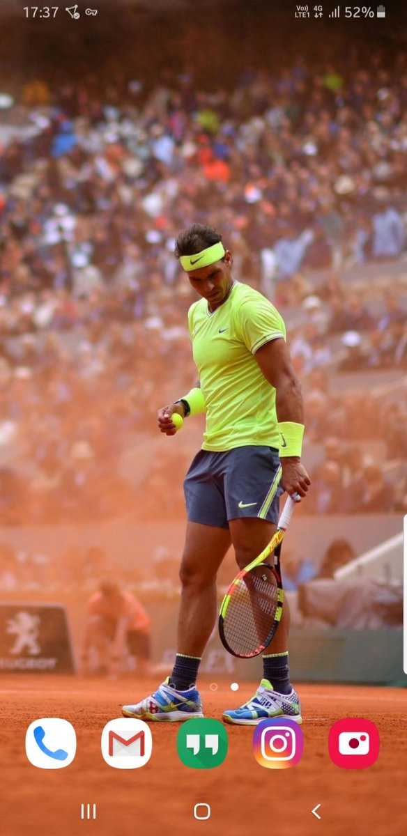 How AWESOME is this wallpaper? A #MondayMotivation to take from how #Rafa bravely deals with an adverse day at work.Thanks @Arni_Abd for this photo ❤💛#rafaelnadal #rafanadal #rafaappreciationweek