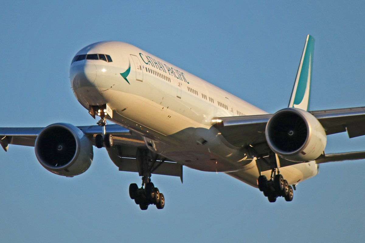 B-KQD: Cathay Pacific Boeing 777-300ER (1 Of 51 In Fleet) - more photos and info here: http://bit.ly/b-kqd  #cathaypacific #boeing777 #yyz #planespotting #aviationphotography