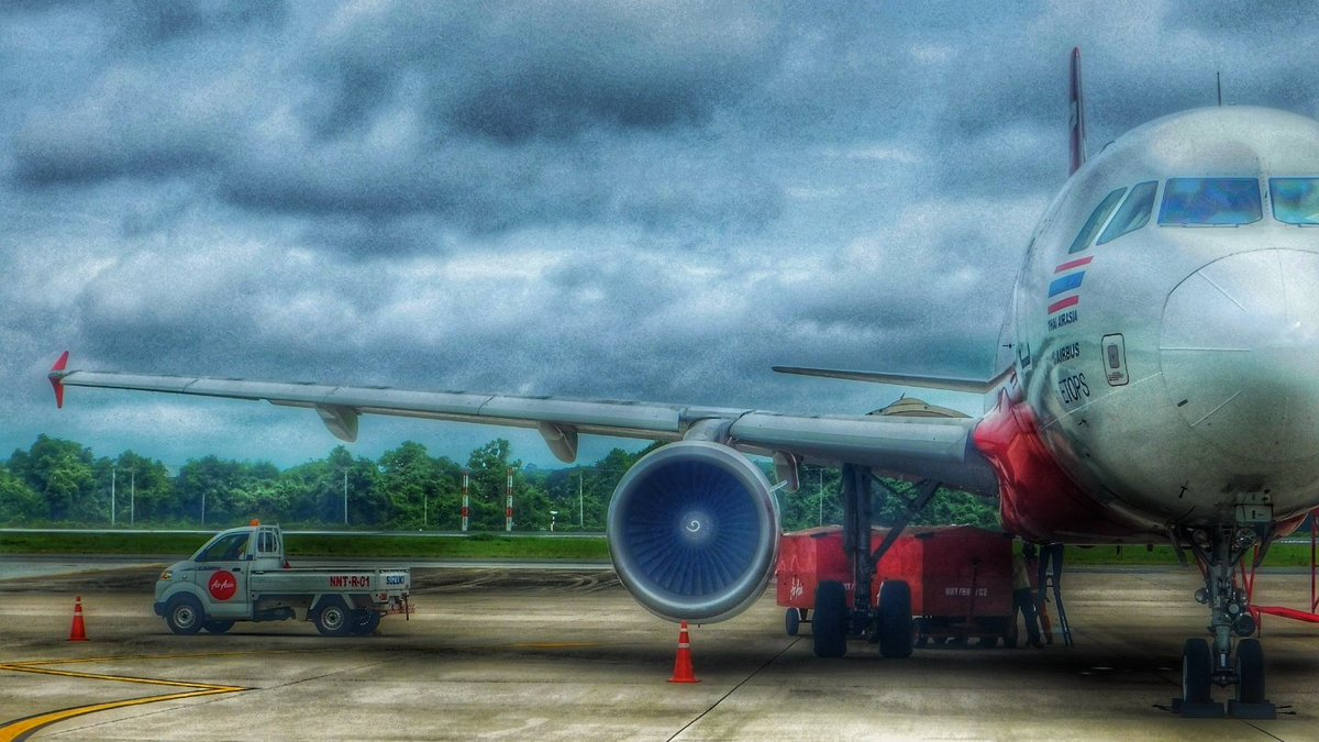 And a more artistic edit #avgeek #aviationphotography #Airbus #Airplane