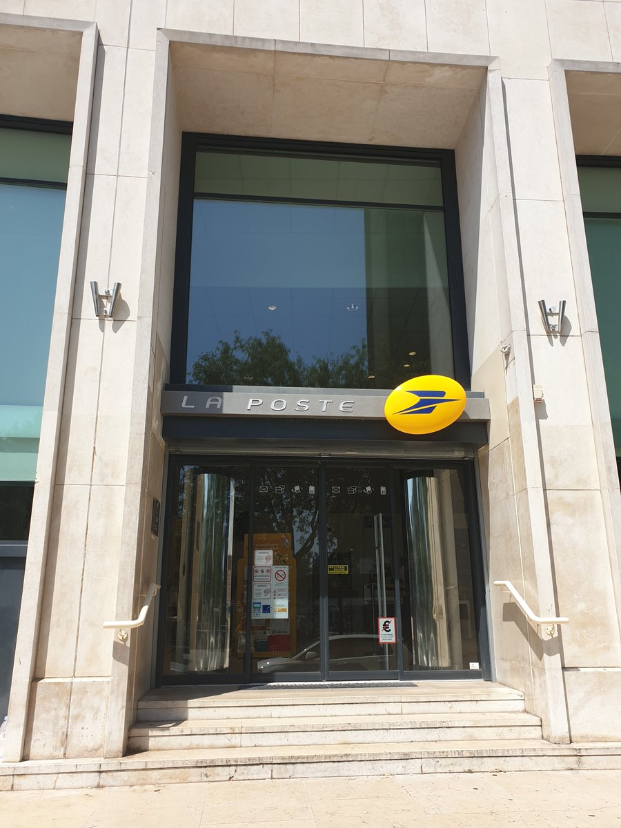 A #LaPoste de #Nantes Bretagne comme dans 34 bureaux de poste du département de #LoireAtlantique, vous pouvez ouvrir un compte @MaFrenchBank, la nouvelle banque digitale de @LaBanquePostale, en moins de 10 minutes.  #OnSeComprend