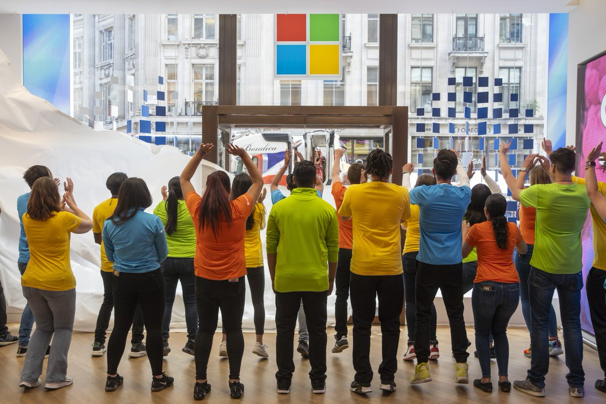 Step inside #Microsoft's new flagship store in London: http://msft.it/6015TMGrv