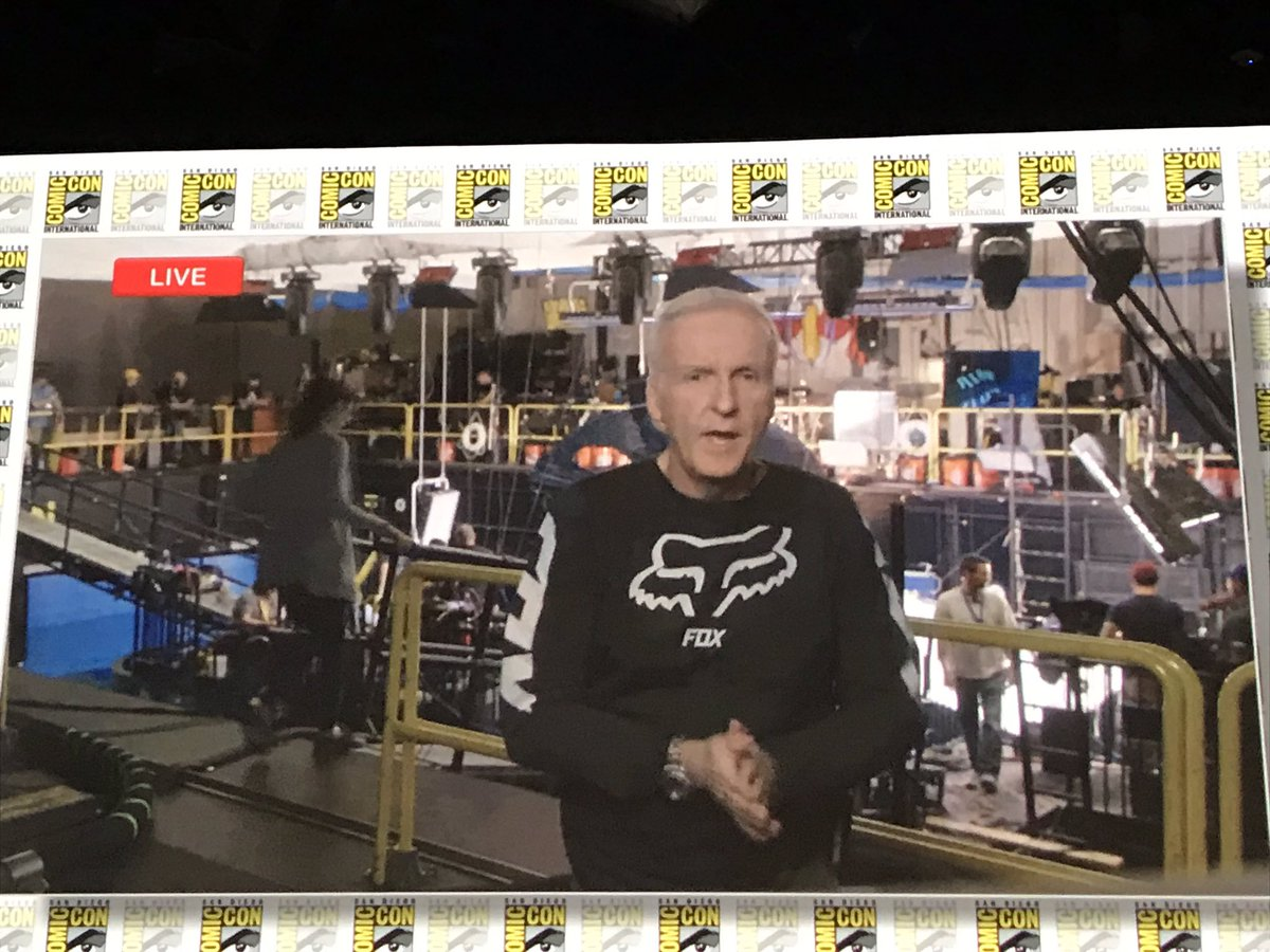 why are people doing victory laps around james cameron? this man is still wearing fox racing gear and it took disney and every marvel super hero in existence to beat his cat pony tail fucking movie. respect greatness imo <br>http://pic.twitter.com/wcvR9gJgl9