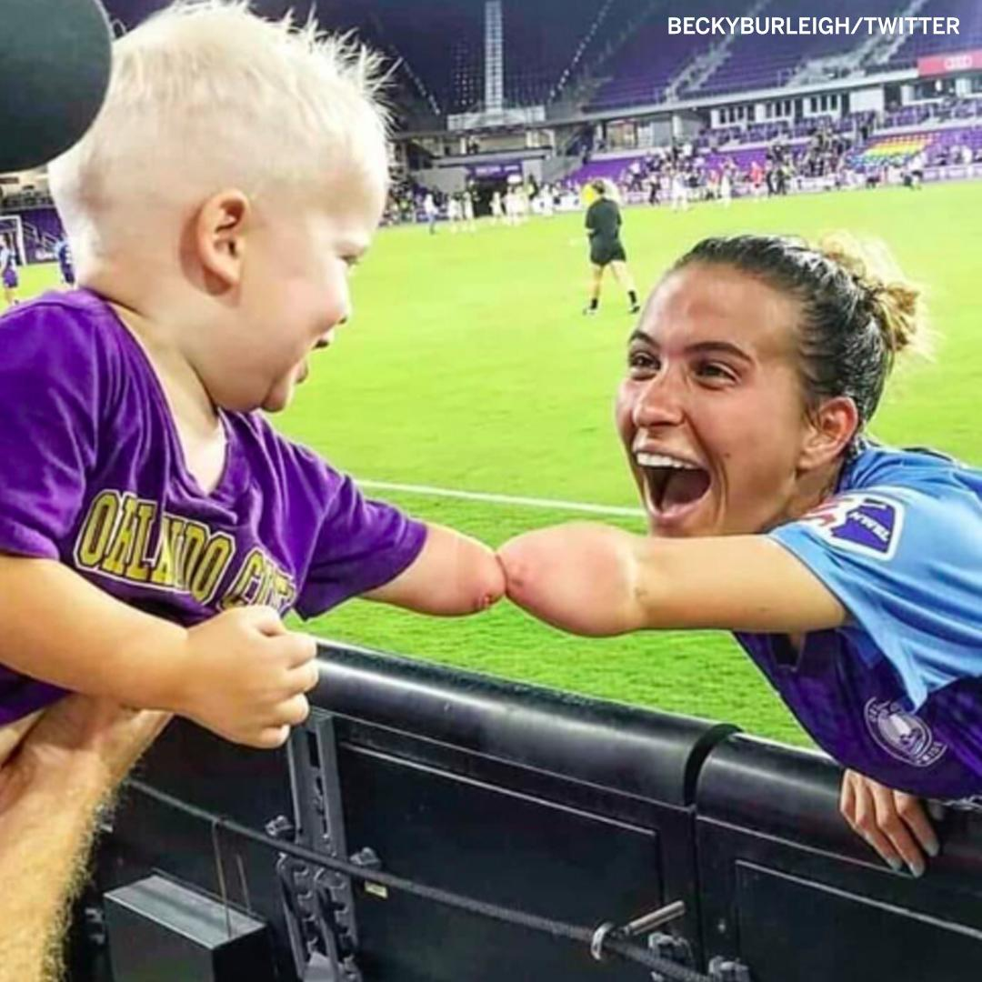 What a moment between @Cars_Pickett16 and an @ORLPride fan ☺️ (via @BeckyBurleigh)