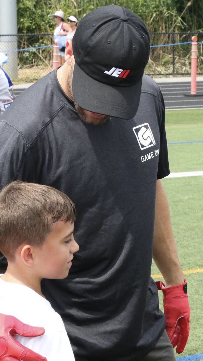 Super Bowl MVP Julian Edelman, spotted at his youth camp over the weekend with a small brace over his left thumb (see below photo), is expected to be sidelined about three weeks due to the injury, league sources tell @FieldYates and me.<br>http://pic.twitter.com/P5KT0hvRmz
