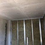 22.07.2019 - Выполнены основные работы по отделке технических помещений автостоянки на Суздальском шоссе (устройство стяжки, обшивка стен и устройство подшивных потолков). Ведутся работы по окраске стен и потолков.