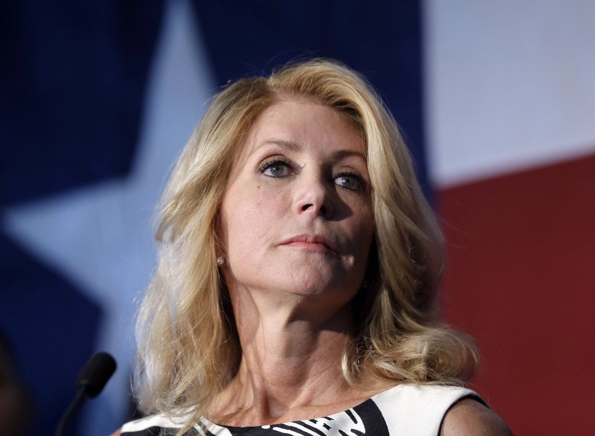 BREAKING: Texas Democrat Wendy Davis is officially running for Congress against far-right GOP Rep. Chip Roy who made headlines by being the lone congressman to stop a $19 billion disaster relief bill. RETWEET if you support Davis as she fights to turn Texas Blue! #MondayMorning