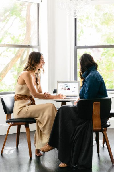 Never worked with an interior designer before? Don't let first-time jitters get to you. Read our tips for partnering with a designer on your project and ensuring you get the most out of the experience.  5 Tips for First-Time Interior Design Clients: https://t.co/VwckcMlVX4 https://t.co/eix0Jhffma