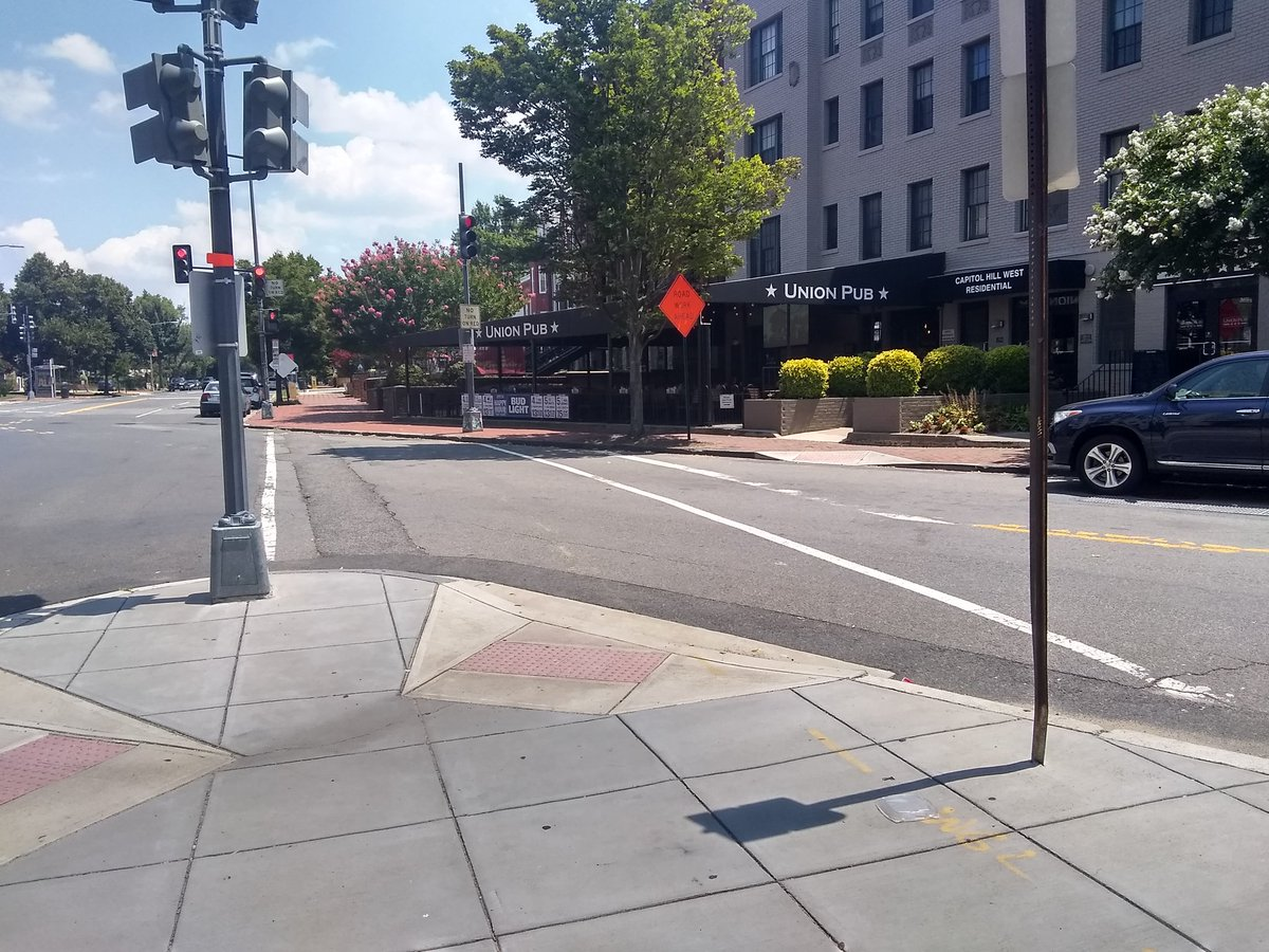 @DDOTDCDirector How can anyone at @DDOTDC sign off on this kind of design for a crosswalk with misaligned ramps?  @311DCgov Please put a ticket for  Massachusetts Avenue NE x D Street NE & have all the markings updated.  #Ward6 #walkdc  Cc @charlesallen @CMCharlesAllen