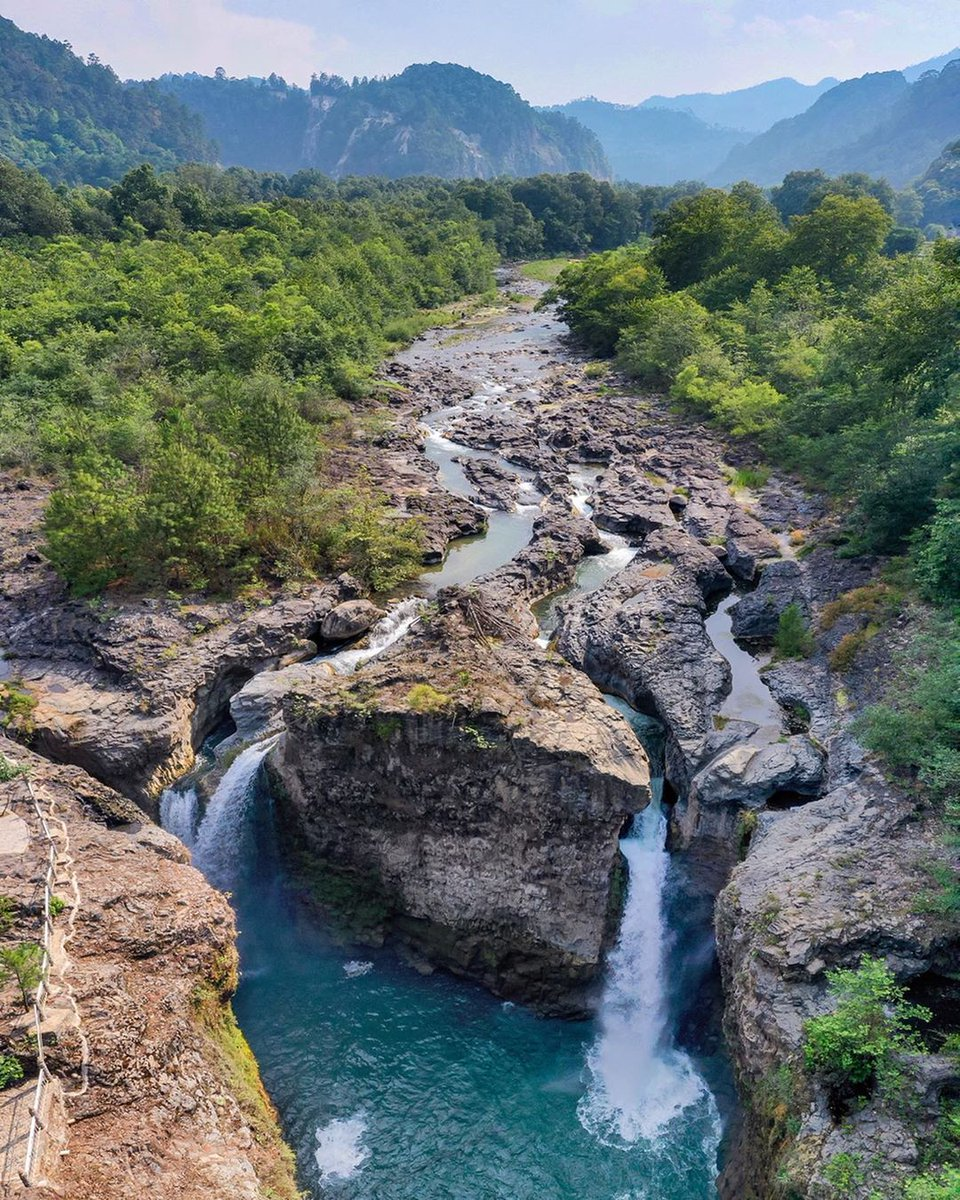 Una probadita de la impresionante Cascada de la Olla que se aprecia desde el mirador de Apulco en Zacapoaxtla #Puebla ¿Vamos? 😍  Foto de Instagram de dav1dambriz  Via #yosoypueblacom